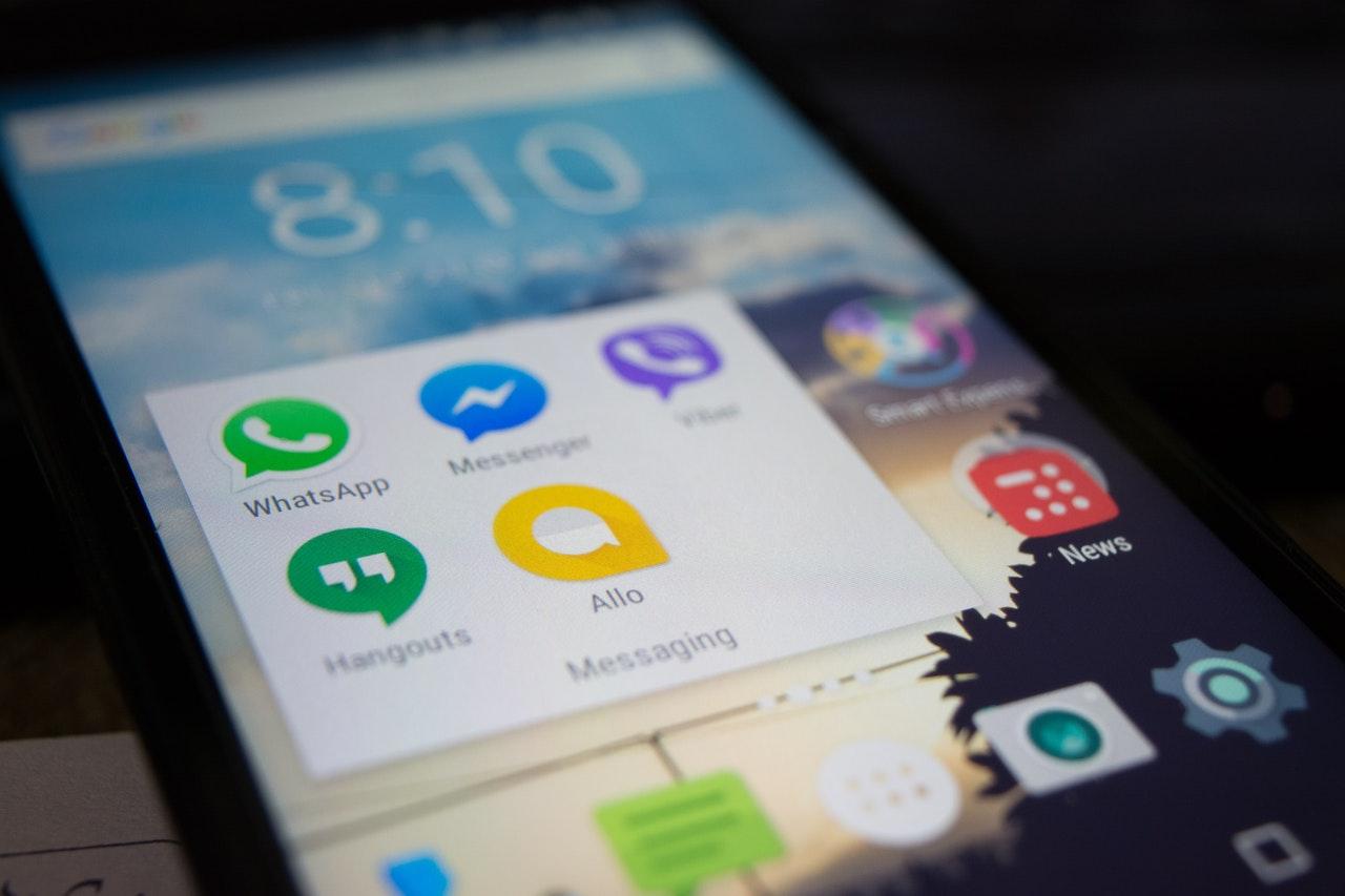 Desativar as notificações do Whatsapp pode melhorar a saúde mental(Foto de Alok Sharma no Pexels)